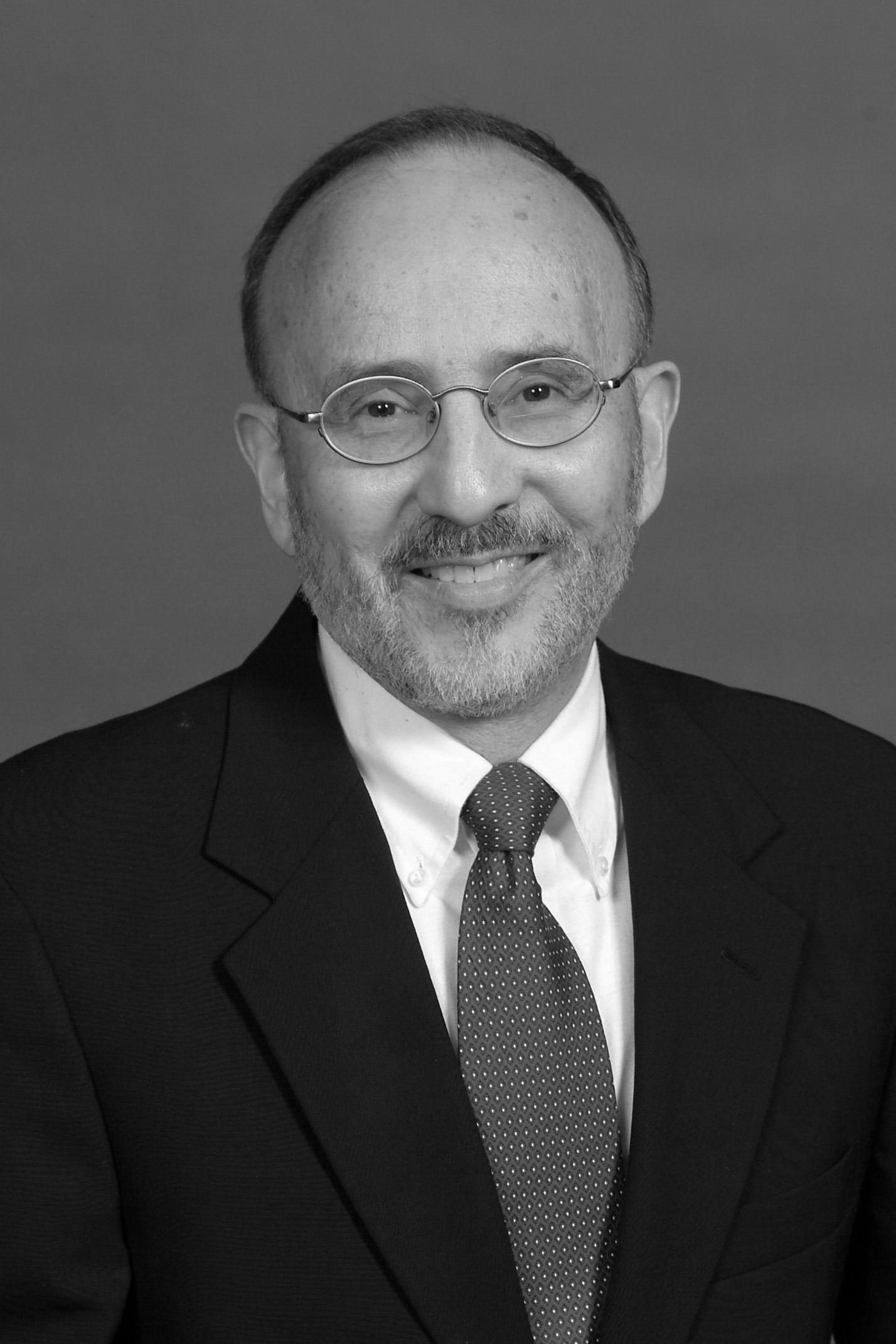 Robert Pazmiño