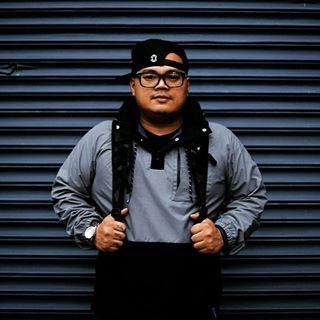 headshot of DJ Efechto