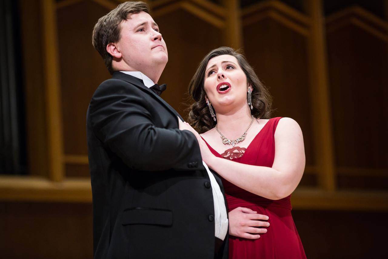 Mallory McCollum sings with Joshua Burke in Die Fledermaus