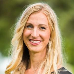 Photo of Jeanette Hagen